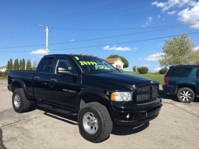 2003 Black Dodge Ram Pickup 2500 (3D7KU28CX3G) with an 5.9L I6 Turbocharger 5.9L I6 engine, located at 4845 Woodbury Pike, Roaring Springs, PA, (814) 317-5008, (814) 317-5008, 40.250935, -78.366959 - Photo #0